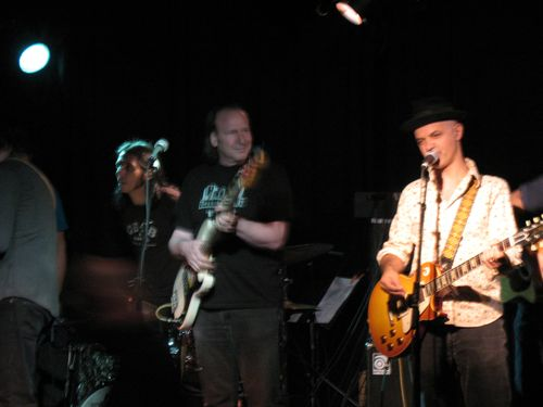 82007-stella-and-guitar-bar-all-stars-014a.jpg