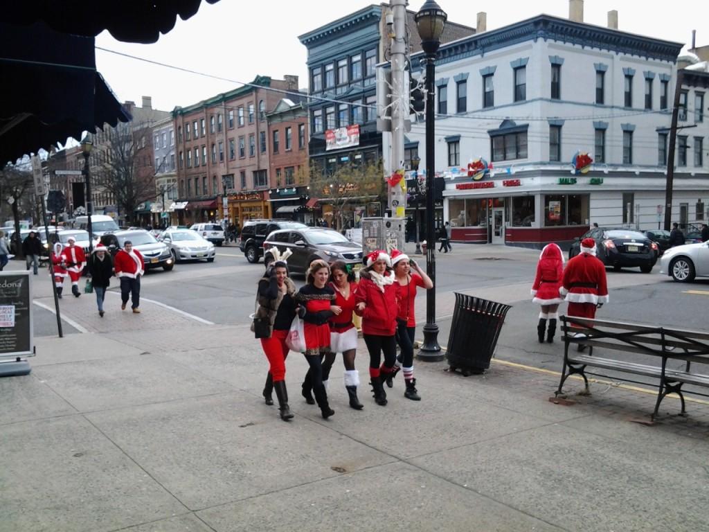 Santa cons
