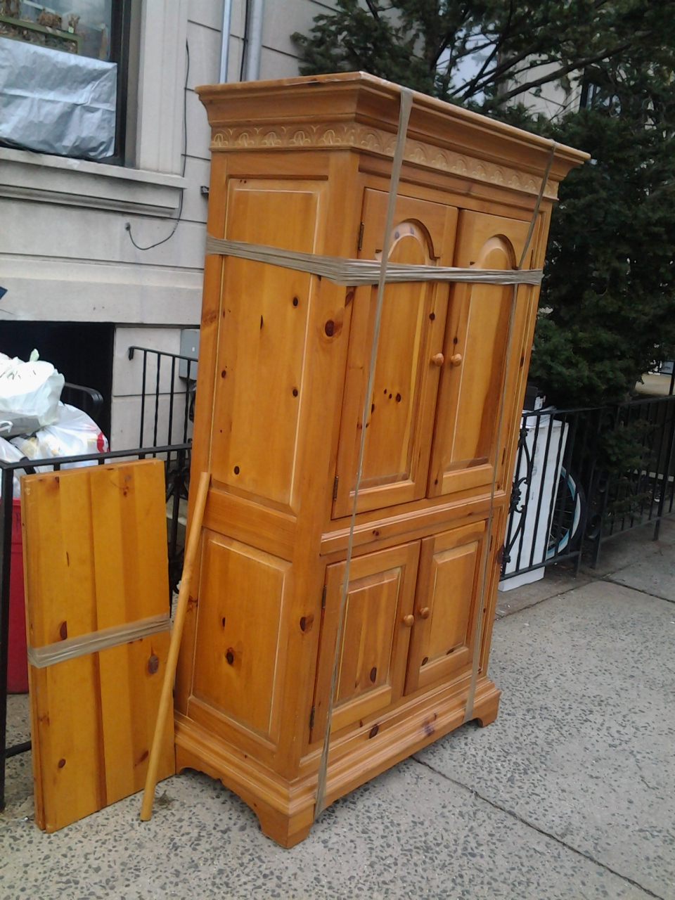 Armoire anyone?
